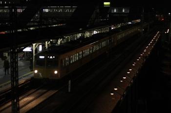 2010年11月25日、所沢、271F+1303Fの4869レ。