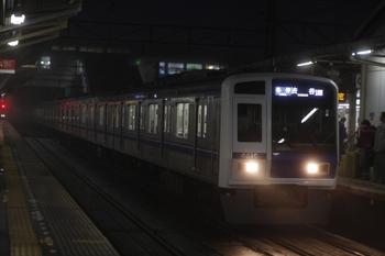2010年12月15日、所沢、6110Fの6704レ。