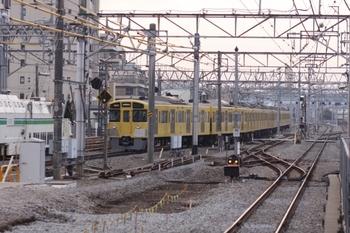 2011年1月15日、保谷、5655レで保谷駅到着後引き上げ線に入る2063F。