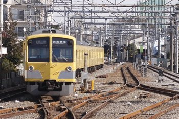2011年1月22日、上石神井、1301Fの5026レ。