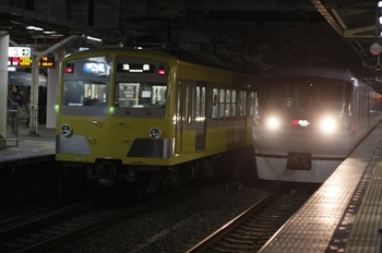 2011年2月17日、所沢、3120レの271F+1309F。