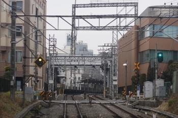 2011年2月20日、中井~新井薬師前、下り列車から
