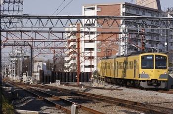2011年3月5日、小川、高架線から降りてくる1311Fの3315レ。