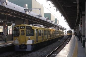 2011年3月30日 6時54分頃、練馬、豊島園から到着する2501Fの練馬ゆき。