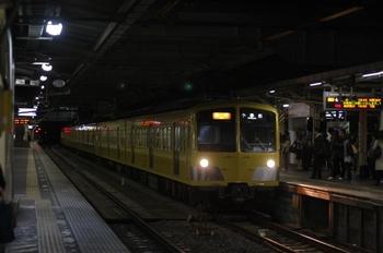 2011年4月18日 19時48分頃、所沢、到着する287F+1309Fの2261レ。