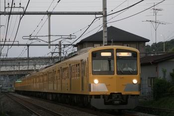 2011年5月8日 18時25分頃、入間市~仏子、1303Fの下り回送列車。