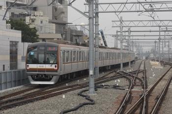 2011年6月10日 7時0分、石神井公園、メトロ10001Fの下り回送列車(12S)。