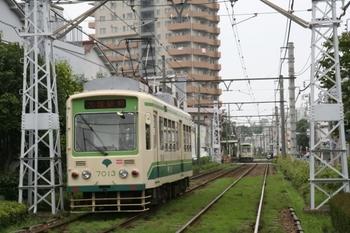 2011年6月12日、荒川車庫前~梶原、7013の大塚駅前ゆきほか。