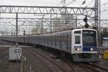 2011年6月28日、所沢、6114Fの6504レ各停・池袋ゆき(16M運用)