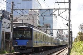 2011年9月12日、高田馬場~下落合、20103Fの3309レ。