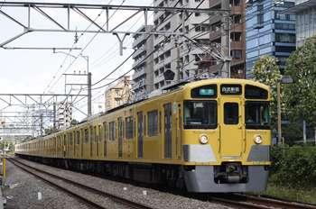 2011年9月12日、高田馬場~下落合、2451F+2081Fの4608レ。