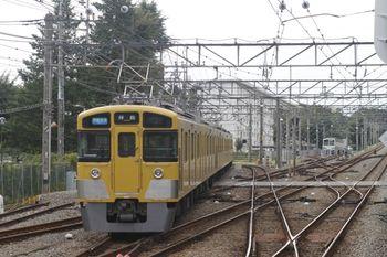 2011年9月25日、萩山、右奥に1249Fが留置。