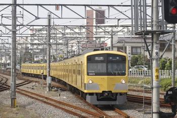 2011年10月17日、田無、5454レの3013F。