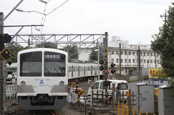 2011年10月23日、萩山、1253Fの6498レ。