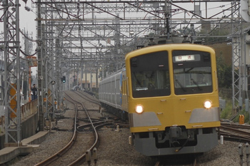 2011年10月30日 14時50分頃、西所沢、263F+38111Fの下り回送。