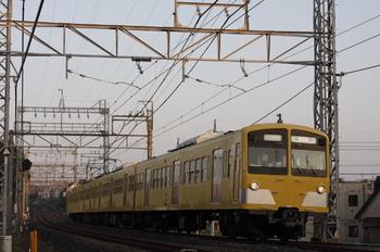2011年11月4日 6時41分頃、西所沢、1241Fの上り回送列車。