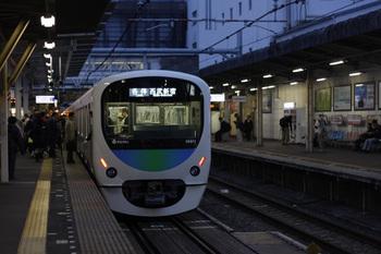 2011年11月11日、所沢、38111Fの5804レ。