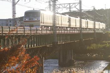 2011年12月4日、仏子~元加治、10105Fの3レ。