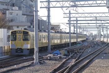2011年12月11日、石神井公園、2063F+2463Fの2133レ。