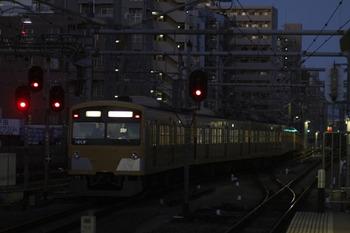 2011年12月23日 6時29分頃、練馬、3001Fの豊島園ゆき下り回送列車。