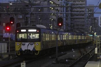 2011年12月24日 6時30分頃、練馬、3011Fの豊島園ゆき回送列車。