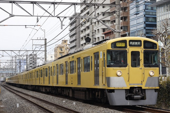 2012年1月17日、高田馬場~下落合、2535F+2527F+2405Fの2754レ。