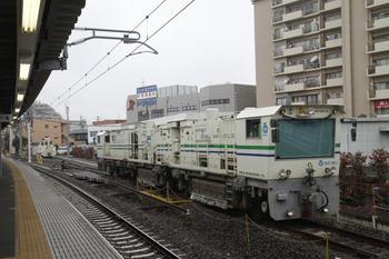 2012年1月21日、東長崎、レール削正車