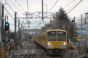 2012年2月17日、花小金井、1303Fの5608レ。