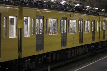 2012年2月25日、所沢、モハ2183。