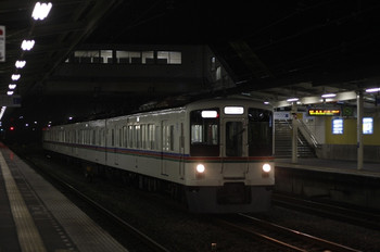 2012年3月6日 21時20分頃、仏子、4021Fの下り回送列車。