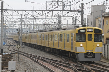 2012年3月18日、保谷、2501F+2503Fの上り回送列車。