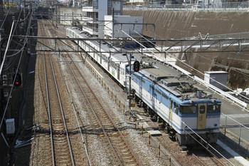2012年4月8日 10時28分頃、新秋津、到着するEF65-1127+西武1247Fの貨物列車。