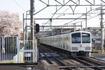 2012年4月12日 6時42分頃、所沢、1247Fの新宿線・上り回送列車。