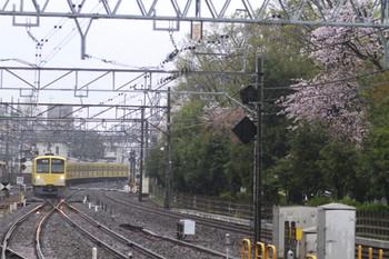2012年4月14日、小平、1303Fの6046レ。