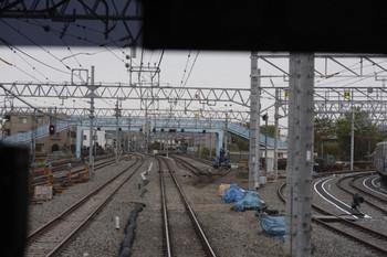 2012年4月20日、保谷、駅到着前の上り列車最後部から。
