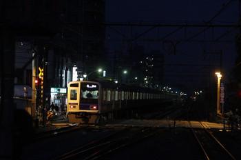 2012年4月25日 18時39分ころ、清瀬、4番ホームから発車した6108Fの10M運用下り回送。