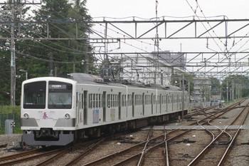 2012年5月20日、萩山、5577レの1247F。