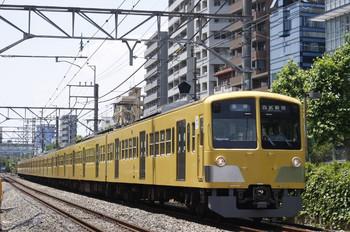 2012年5月28日、高田馬場~下落合、5816レの1303F。