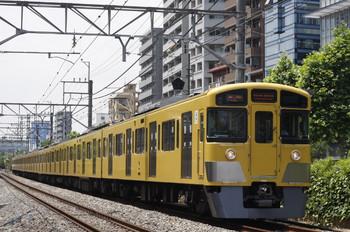 2012年6月4日、高田馬場~下落合、2059Fの5816レ。