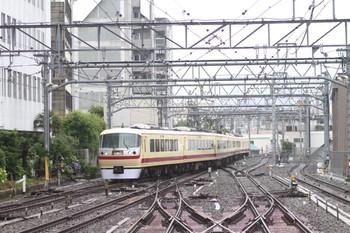 2012年6月9日 9時17分頃、池袋、10105Fの上り回送列車。