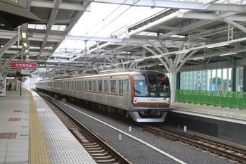 2012年6月10日 6時22分ころ、石神井公園、メトロ10003Fの下り回送列車。