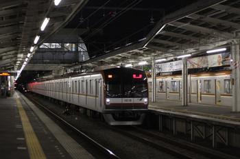 2012年6月21日 19時38分頃、小手指、メトロ10018Fの08M運用・上り回送列車。