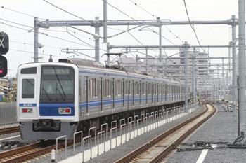 2012年6月23日 10時53分頃、石神井公園、発車した6105Fの上り試運転列車(99M運用)