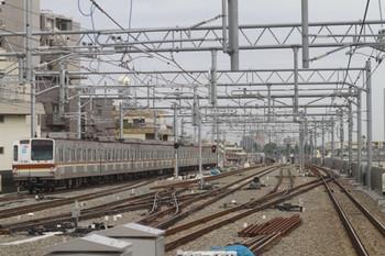 2012年6月23日 6時22分頃、石神井公園、発車したメトロ7030Fの下り回送列車。