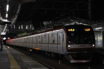 2012年6月26日、西所沢、8連メトロ10002Fの4703レ。