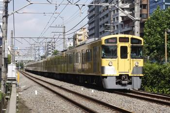 2012年7月9日、高田馬場~下落合、2065F+2411Fの2754レ。