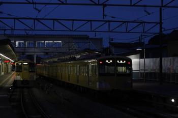 2012年7月9日、西所沢、右が6204レの1241F。