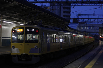 2012年7月9日、西所沢、295F+1303Fの2172レ。