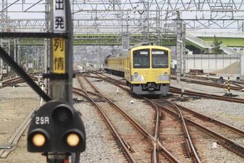 2012年7月29日 10時54分頃、小手指、2番ホームから入庫する1309Fの上り回送列車。
