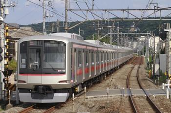 2012年8月8日 15時33分頃、元加治、発車した東急4106Fの上り回送列車。